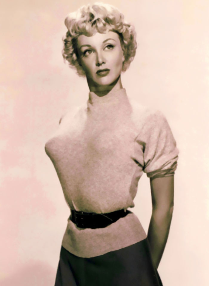 Weird Quot Bullet Bra Quot Fashion Craze Of The 40s And 50s Is