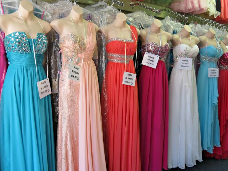 This Teen Girl was Not Allowed To Prom Because All Dads Couldn\'t ...